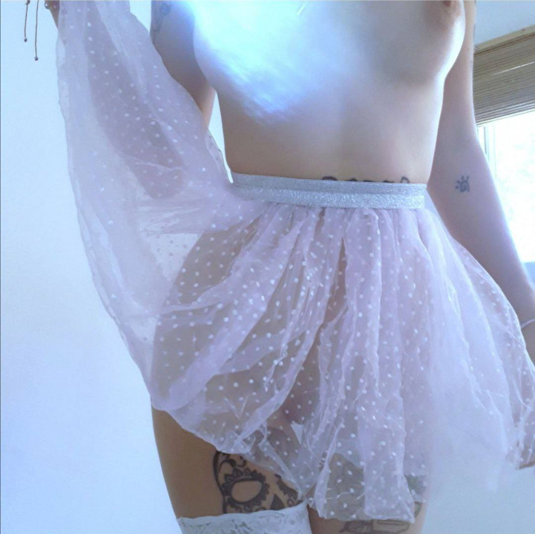 Mariana la tatuada, fotos caseras calientes