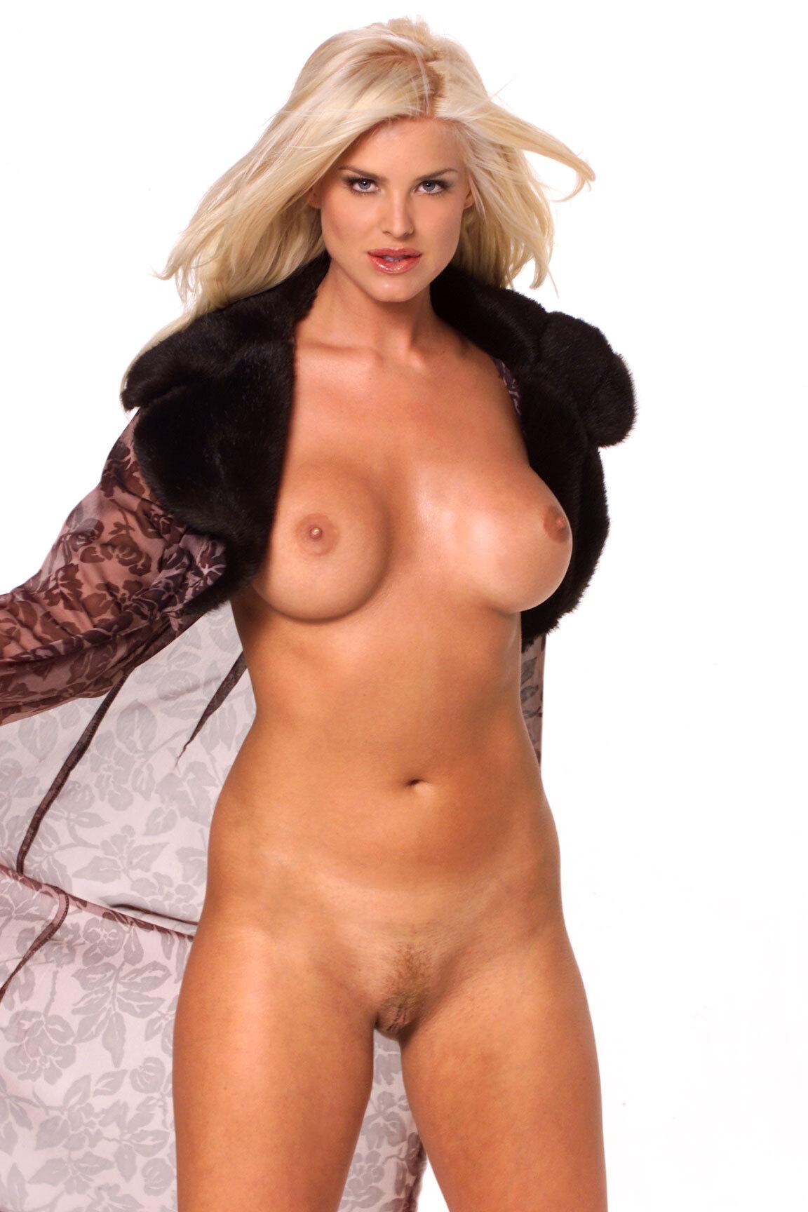 Victoria Silvstedt Fotos y Videos Calientes xxx desnudas pornstar suecas