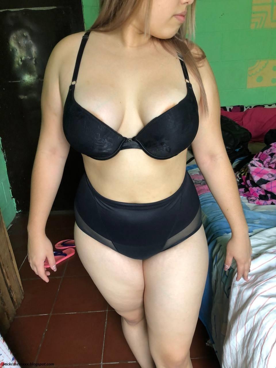 Fotos de mi Amiga desnuda 17