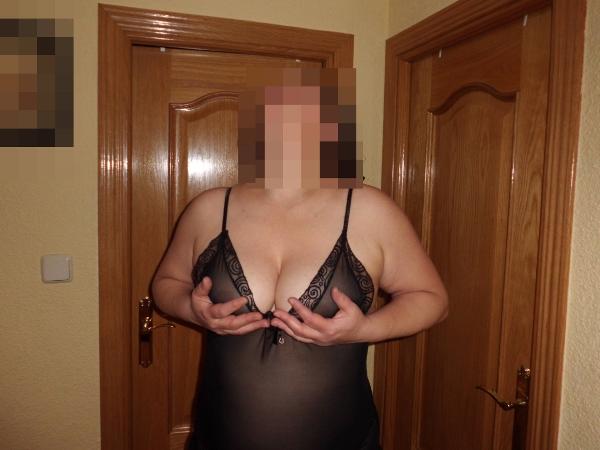 fotos esposas enseñando tetas coños, lencera, maridos, fotos xxx parejas, fotos porno amateurs 2