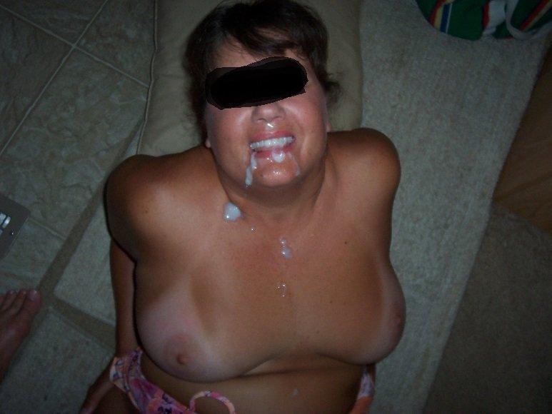 La gorda de mi esposa se traga la leche